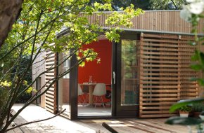 This modern garden retreat serves as a guest house and as a home office. | www.facebook.com/SmallHouseBliss