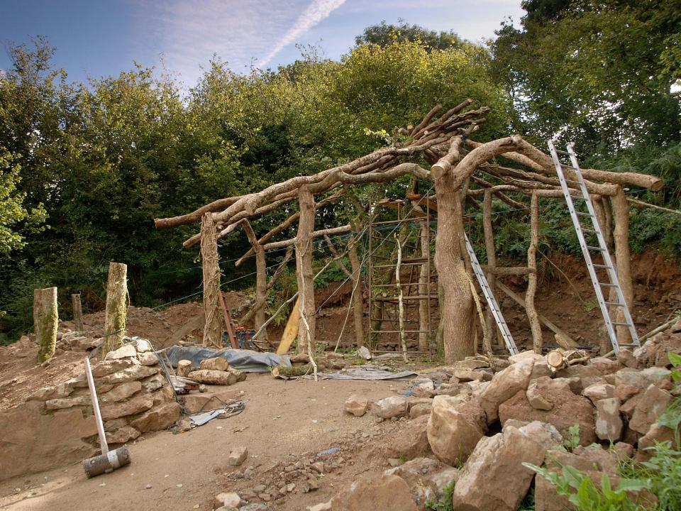 Straw bale and earth-sheltered hobbit house by Simon Dale. | www.facebook.com/SmallHouseBliss