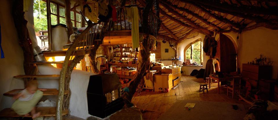 Imagini pentru Low impact woodland house