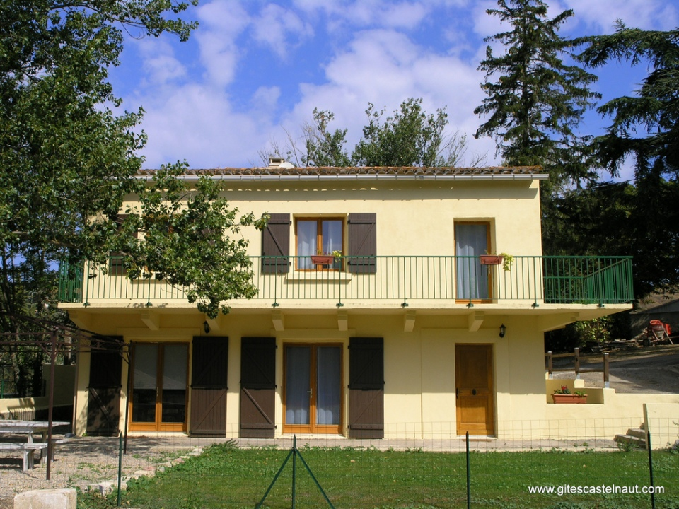 Gites Castelnaut, a restored cottage in southern France with 3 bedrooms in 1,450 sq ft. | www.facebook.com/SmallHouseBliss