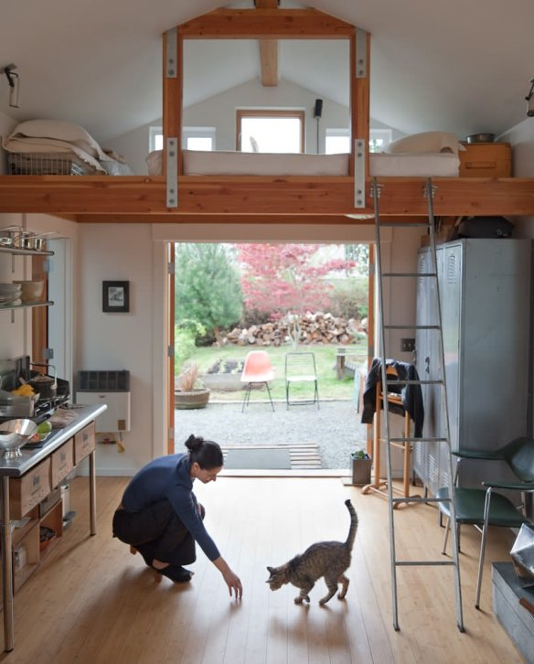 Garage Conversion Into Tiny House Michelle De La Vega Small House Bliss