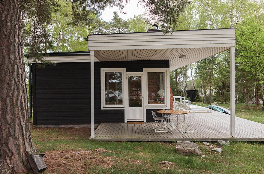 Mid century modern home in sweden small house bliss for Small mid century modern home plans