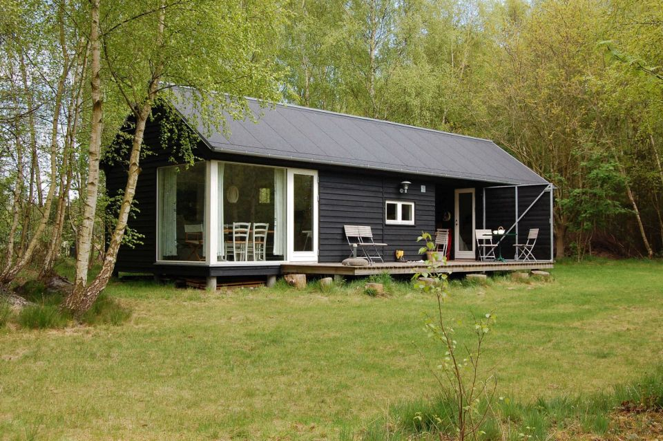 A modular vacation house from denmark m n huset small for Dogtrot modular homes