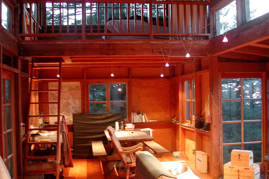 Bon Reminiscent Of Forest Fire Lookout Towers, This 672 Sq Ft Cabin Has Two  Separate Sleeping