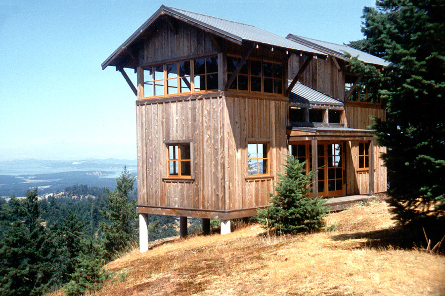 San juan island cabin david vandervort small house bliss for Fire tower cabin plans