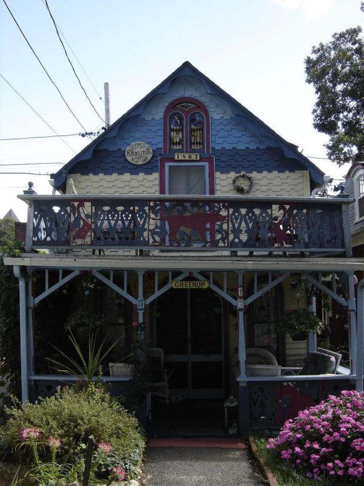 Cottage at Wesleyan Grove, a historic community on Martha's Vineyard. | www.facebook.com/SmallHouseBliss