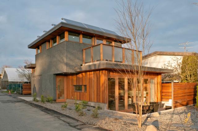 Net-zero solar laneway house by Lanefab Design/Build | Small House ...
