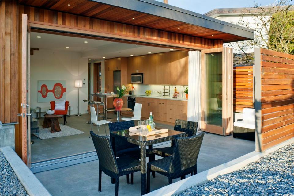 Net zero solar laneway house by lanefab design build for Net zero house design