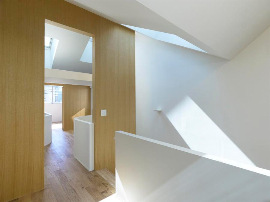 Gate, a small house in Japan by mihadesign