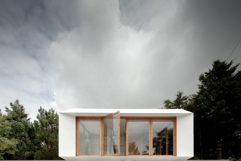 MIMA House, a prefab with movable wall panels that allow the residents to easily reconfigure the floor plan.   www.facebook.com/SmallHouseBliss
