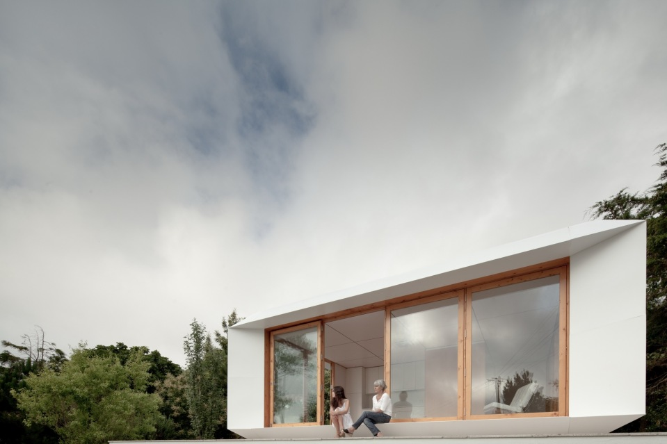 MIMA House, a prefab with movable wall panels that allow the residents to easily reconfigure the floor plan. | www.facebook.com/SmallHouseBliss