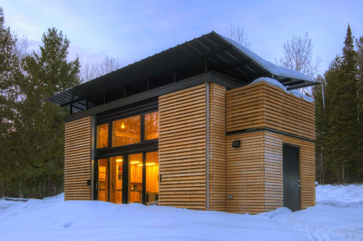 The E.D.G.E., A Small Prefab House With 358 Sq Ft Main Floor Plus 2 Loft