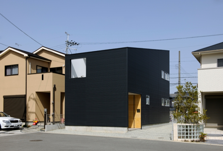 small house in Kashiba by Horibe Naoko Architect