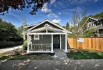 a small laneway house in Vancouver by Smallworks