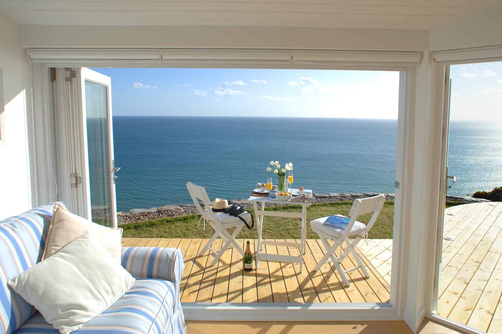 Gallery the edge an idyllic beach cottage in cornwall for Beach house view