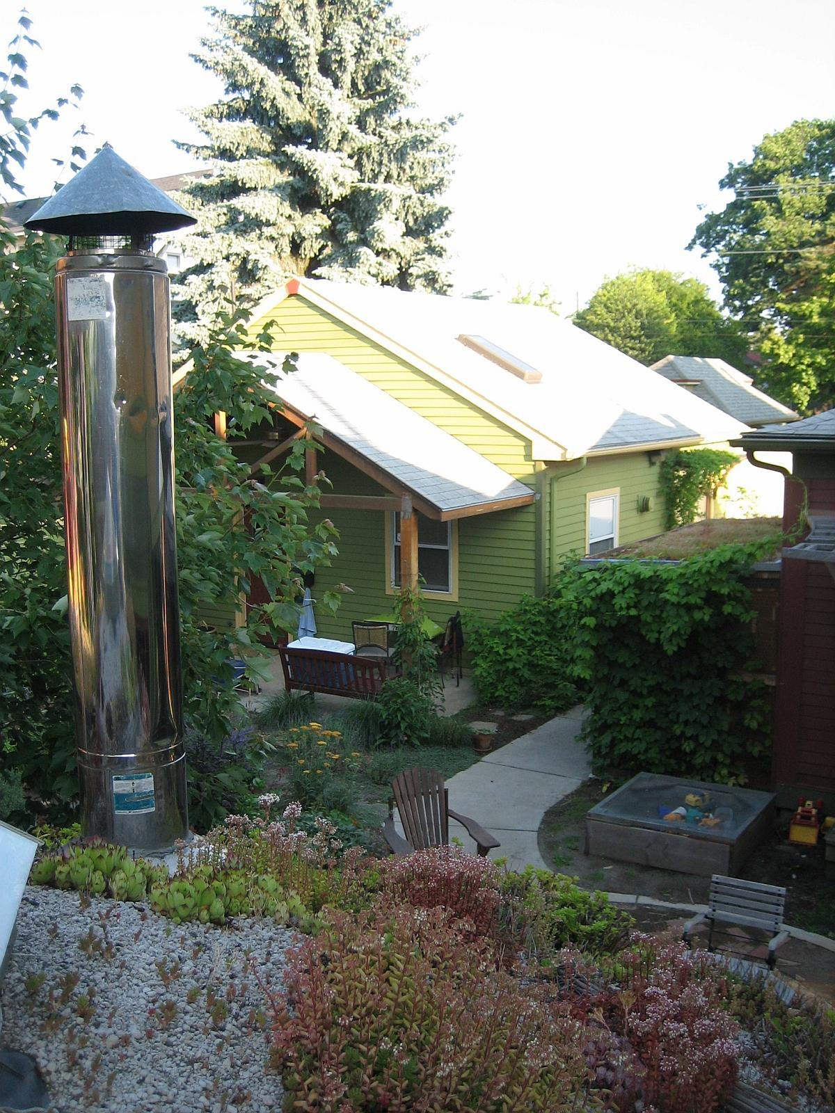 Cohousing living large in small houses small house bliss - Gallery Sabin Green Small House Bliss