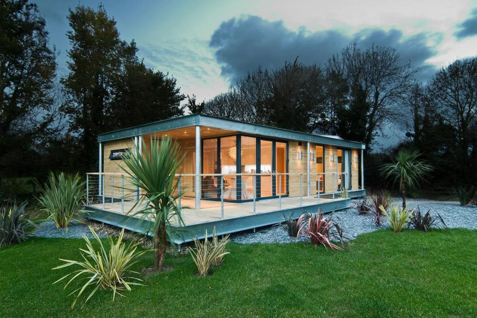 The Edge, a modern modular dwelling with 2 bedrooms in under 900 sq ft. | www.facebook.com/SmallHouseBliss