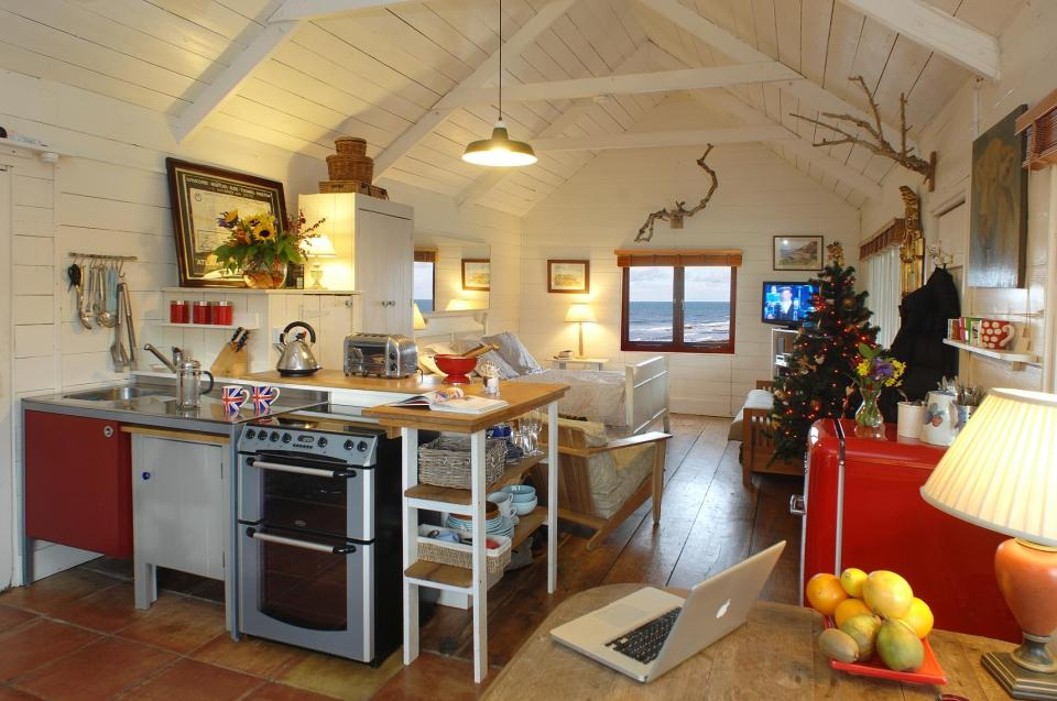 The Beach Hut A Romantic Retreat In Cornwall Small