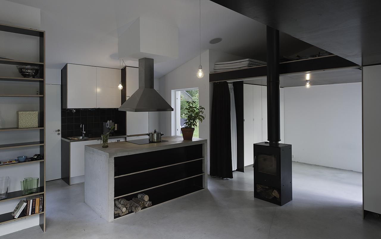 Gallery a pared down palladian villa in sweden by for Small villa interior design