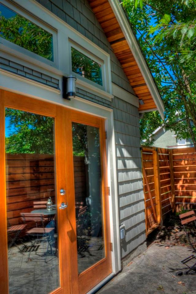 A Craftsman-style laneway house with two bedrooms.   www.facebook.com/SmallHouseBliss