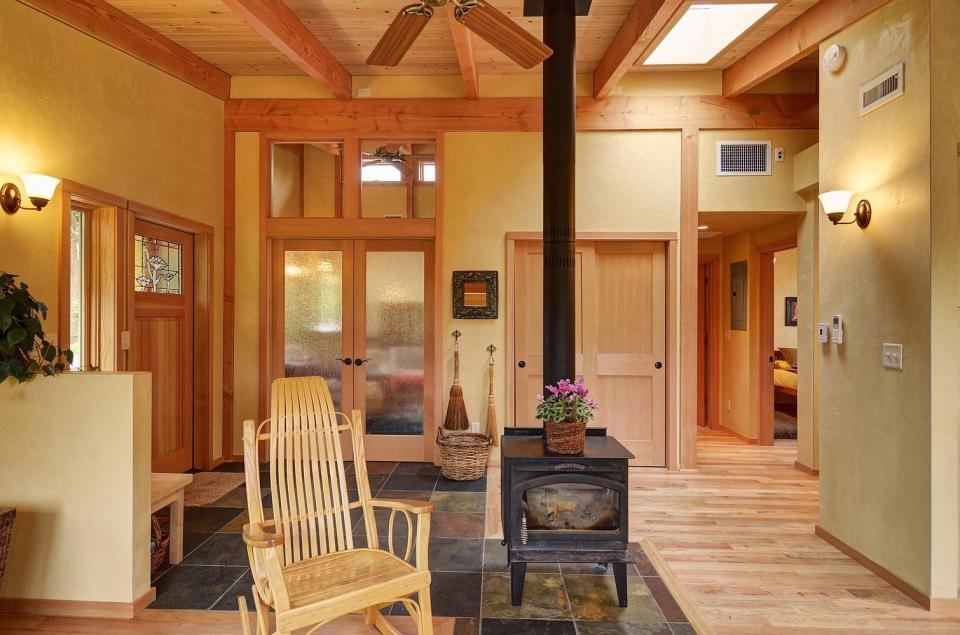 Gallery river road house a beautiful timber frame for 800 sq ft open floor plans