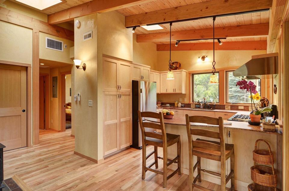 Gallery river road house a beautiful timber frame for 800 square feet home