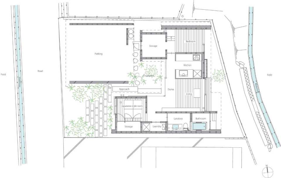 Gallery a modern japanese courtyard house mitsutomo for Small courtyard home plans