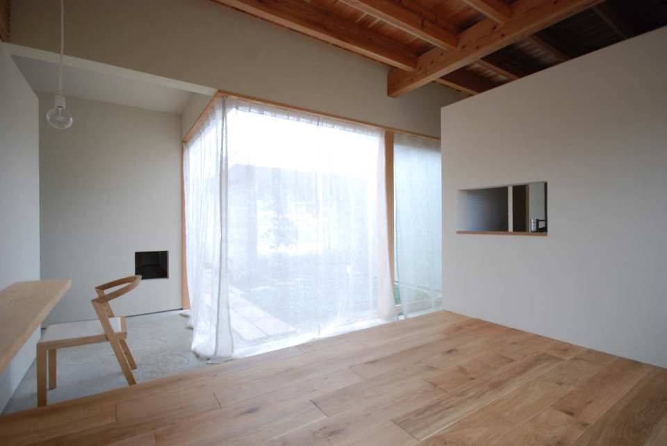 This modern version of the traditional Japanese courtyard house has two bedrooms in 534 sq ft. | www.facebook.com/SmallHouseBliss