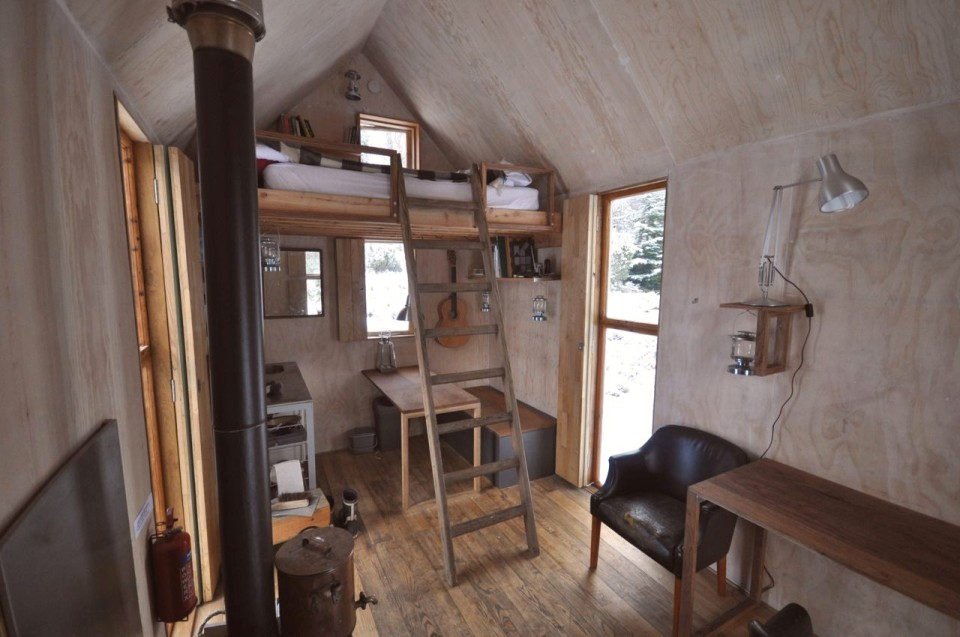 The Inshriach Bothy, a tiny artist residency studio off the grid in the Scottish Highlands. | www.facebook.com/SmallHouseBliss