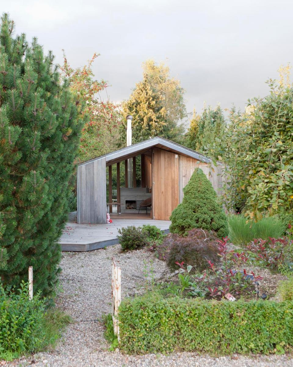 Admirable The Poplar Garden House By Onix Small House Bliss Largest Home Design Picture Inspirations Pitcheantrous
