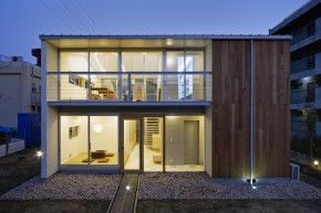 Io, a small house in Japan by Osamu Morishita