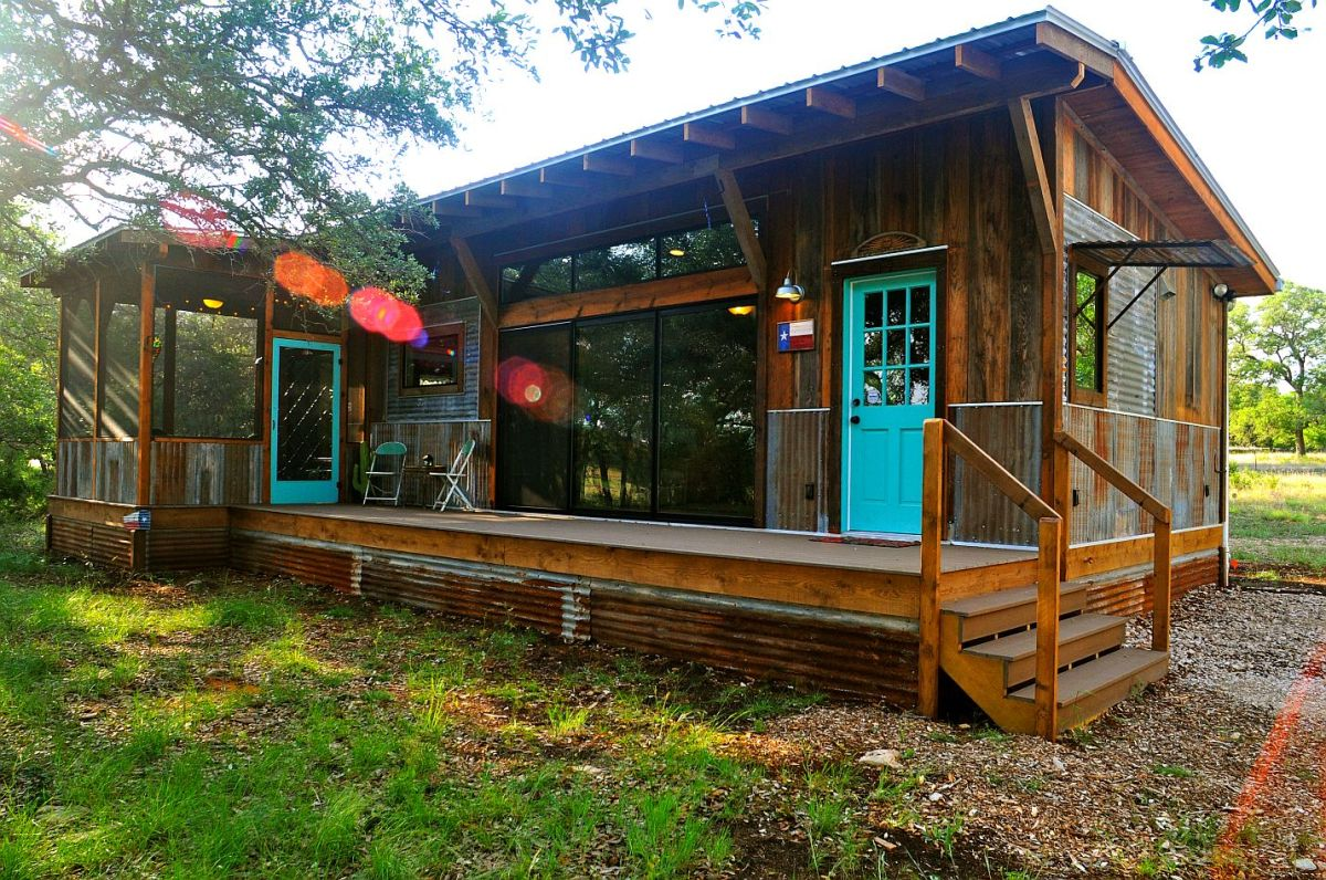 La arboleda retreat cabin reclaimed space small for Small house bliss