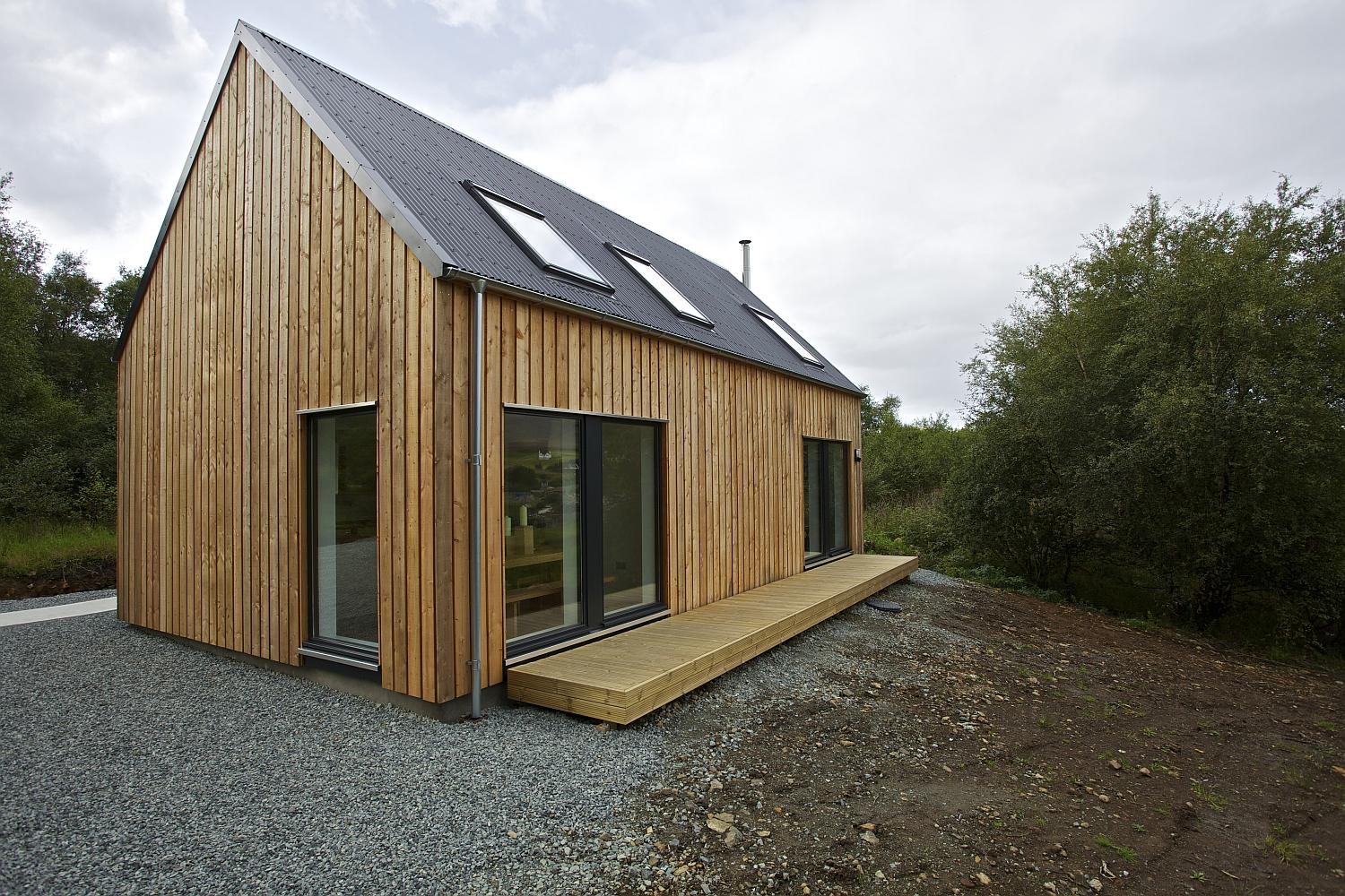 Gallery r house a prefab home for rural scotland rural for Small home architects