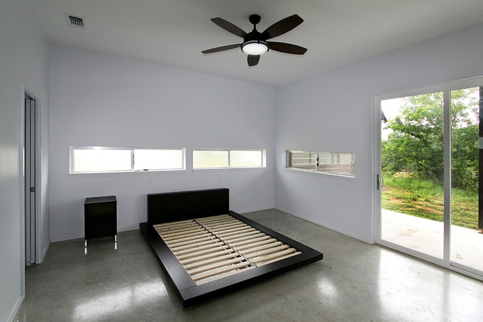 The Pivot Pad, a low-cost modern dwelling with 2 bedrooms in 1,000 sq ft | www.facebook.com/SmallHouseBliss