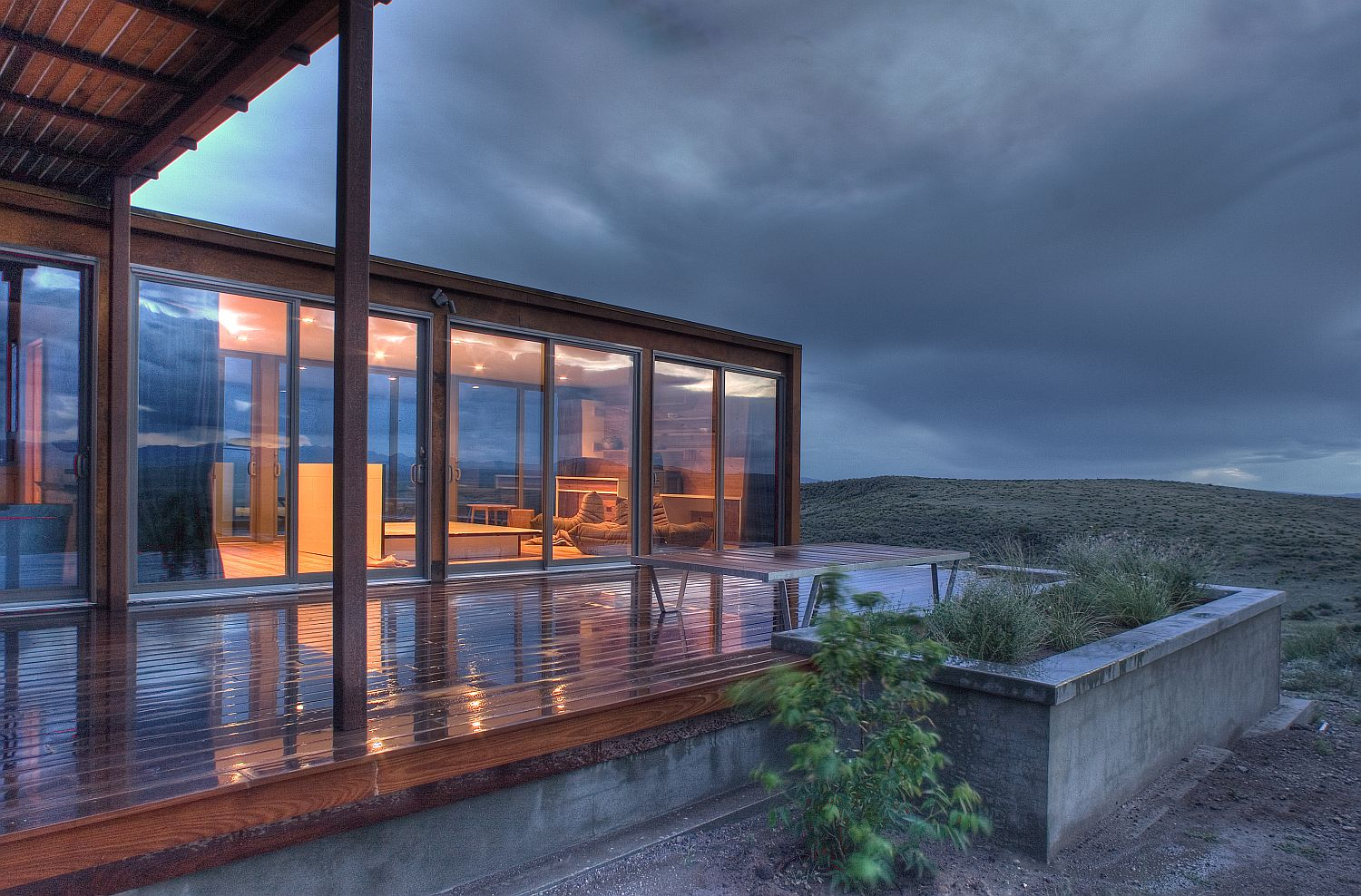 Gallery the marfa weehouse a compact desert retreat for Tiny home architects