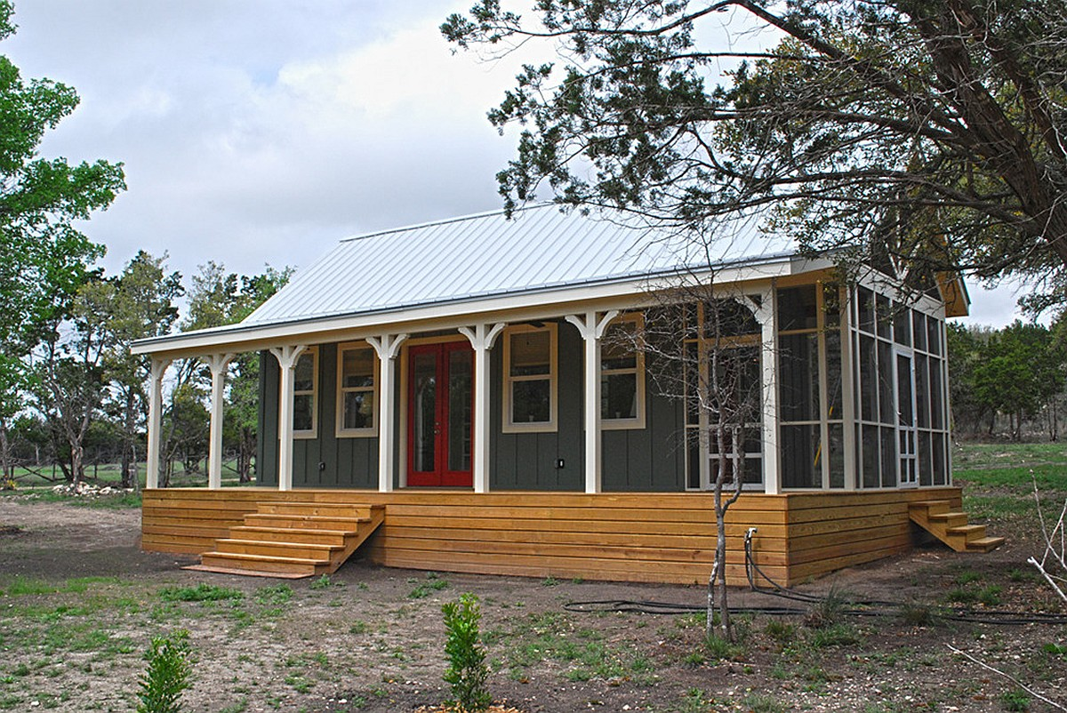 Texas hill country cottage by kanga room systems small for Cost of tiny house kits