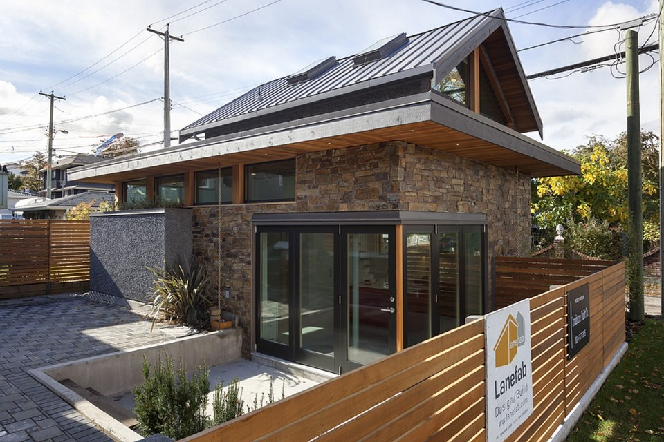 Gallery an energy efficient contemporary laneway house by for Modern efficient house plans