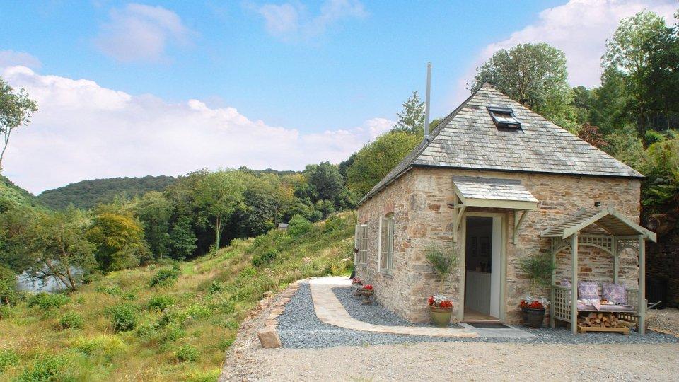 Risultati immagini per little gillyflower cottage