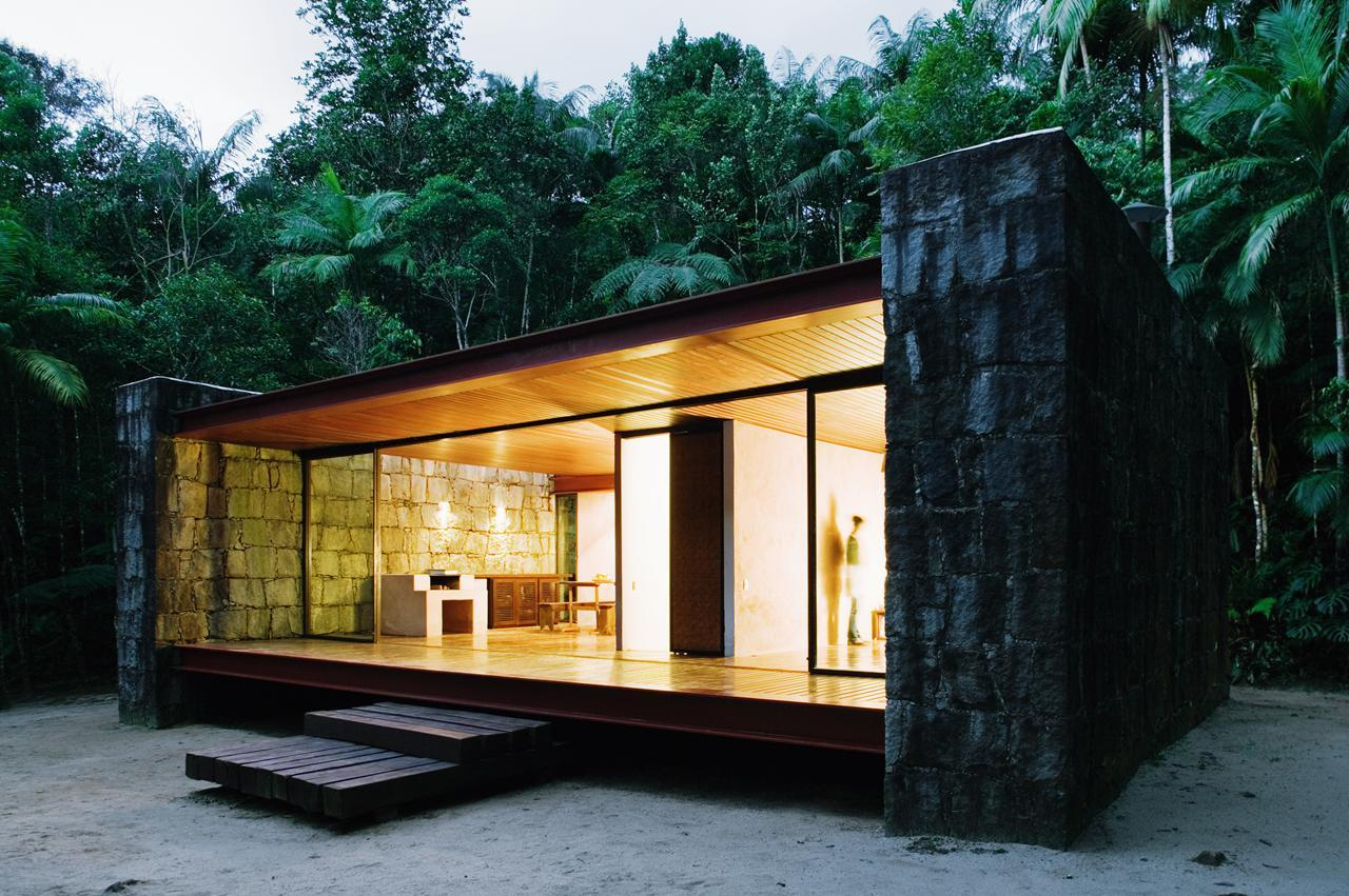 Gallery casa rio bonito a modern cabin in the brazilian for Contemporary designs of one bedroom cottages