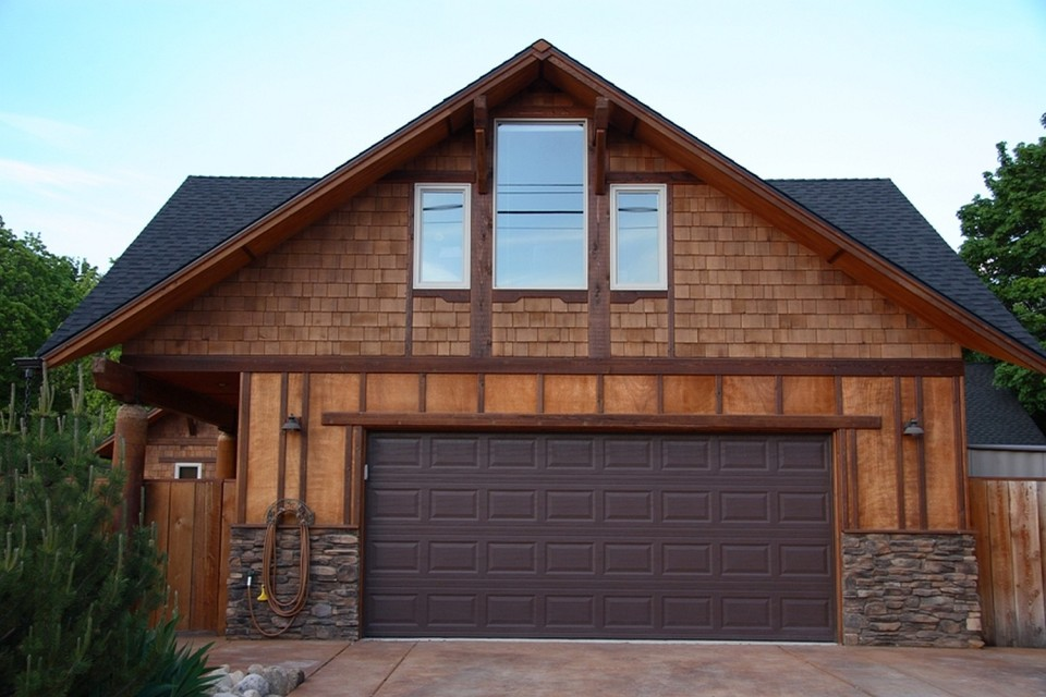Coach House Rv >> A cozy coach house loft | Small House Bliss