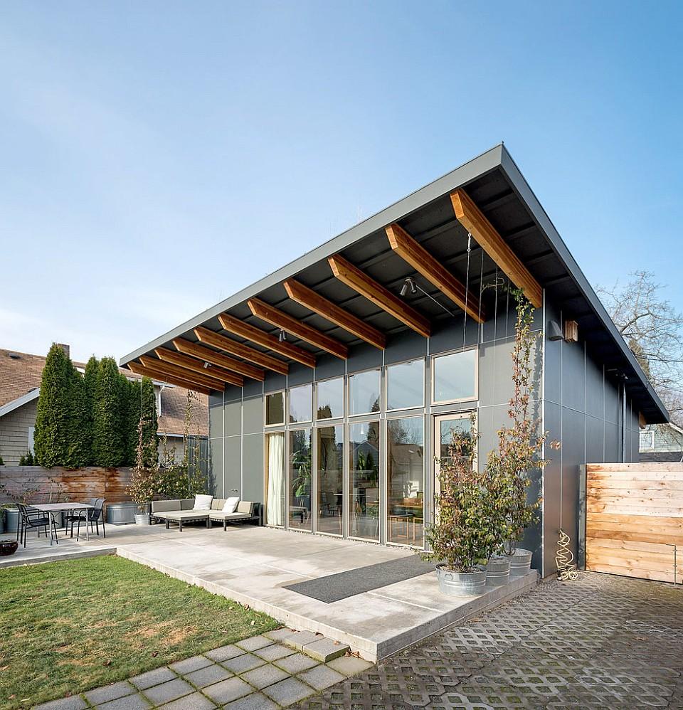 Modern passive solar house