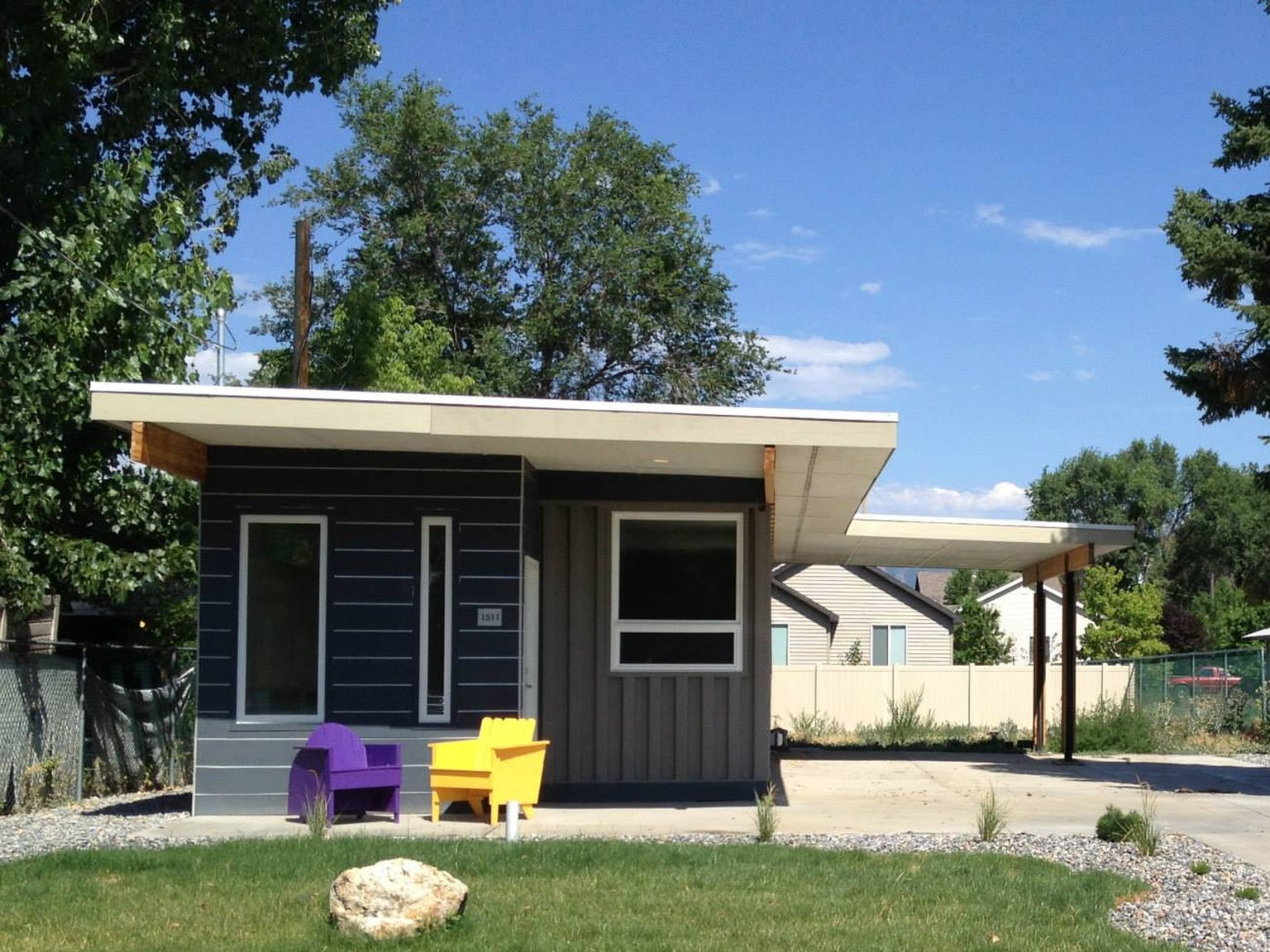 Sarah House, An Affordable Green Container Home With 1 Bedroom In 672 Sq Ft.