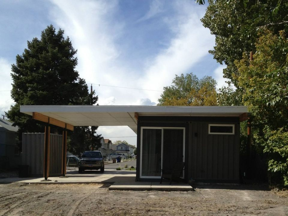 Gallery sarah house an affordable green container home - Affordable container homes ...