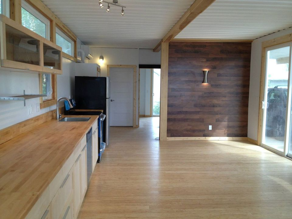 Sarah House, an affordable green container home with 1 bedroom in 672 ...