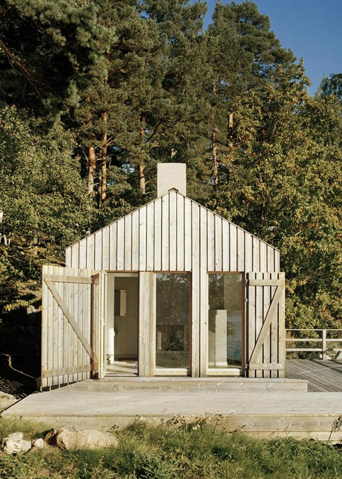 A Swedish sauna building that would be a terrific little cabin. | www.facebook.com/SmallHouseBliss