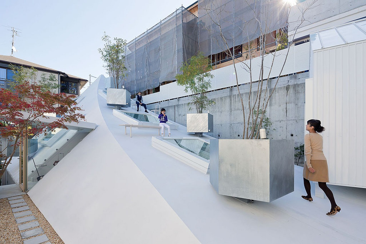 A Sculptural House For A Tight Urban Site | Sou Fujimoto Architects
