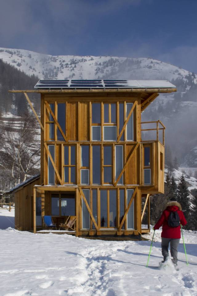 The small tower house with 3 bedrooms in 839 sq ft combines a rustic look with leading edge energy efficiency. | www.facebook.com/SmallHouseBliss