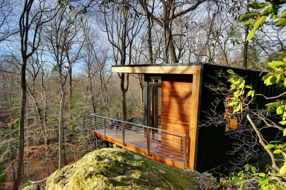 A modern studio retreat in the woods workshop apd 300 sq foot house