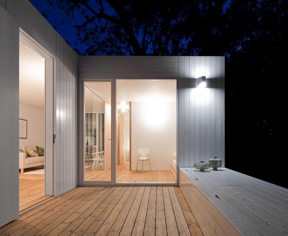 Gallery treehouse riga a compact modular home appleton - Iluminacion de terrazas ...