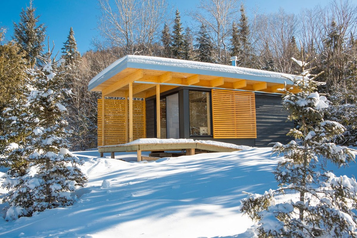 Gallery chalet exp a tiny modern cabin for quebec s for Modern cabin plans for sale
